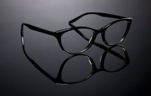 Cervantes Opticas - Barton Perreira